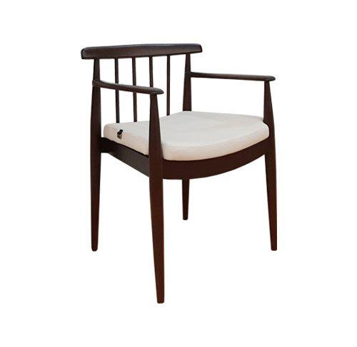 صندلی دسته دار لونا چوبی